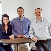 How These College Friends Grew Their Blog to $15,000+ Per Month